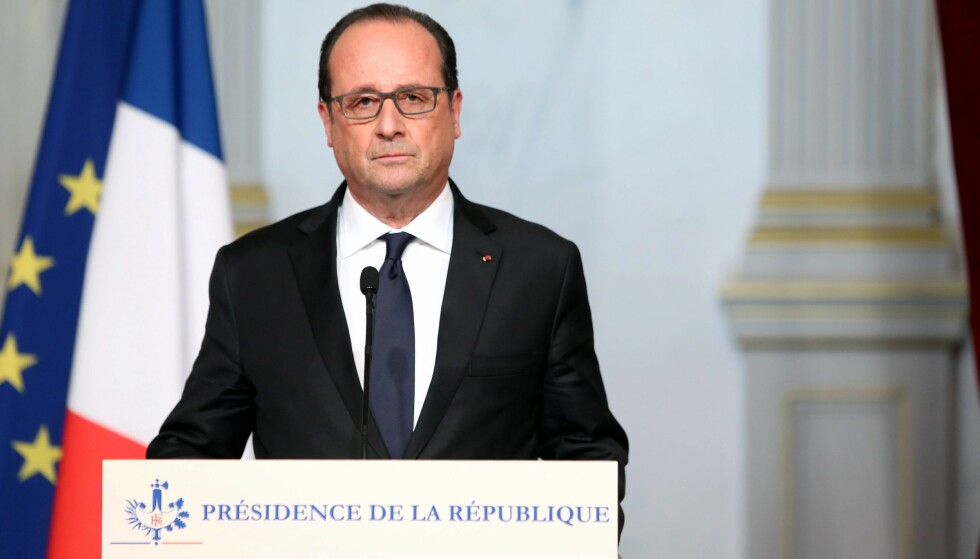 STILLER IKKE: Frankrikes president Francois Hollande.Foto: EPA/Christelle Alix / Elysee palace handout