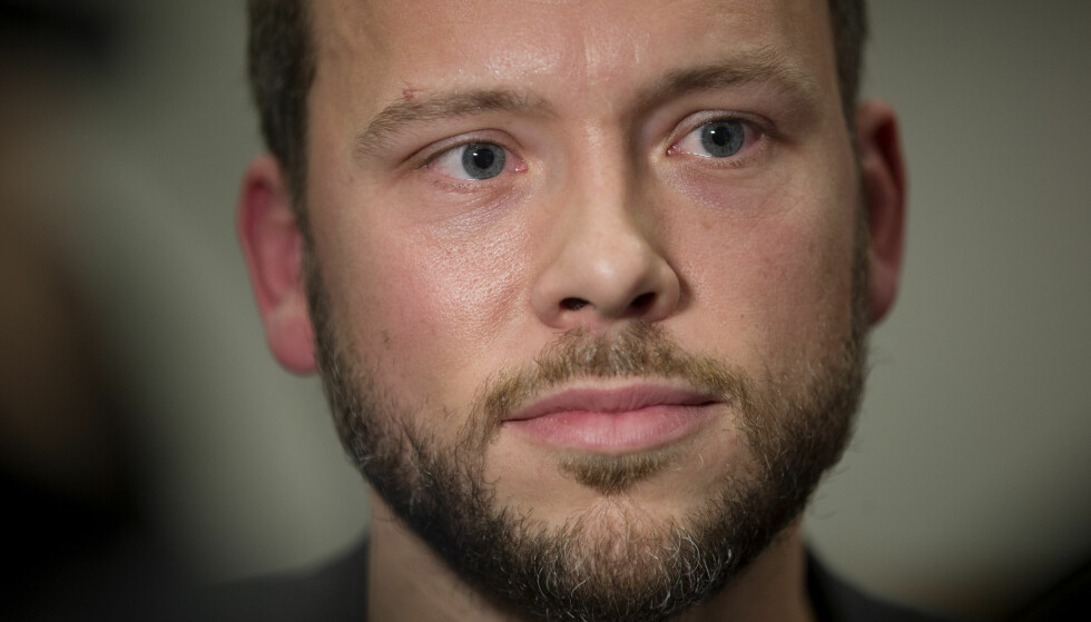 - BØR FELLE: - Mitt budskap er at KrF og Venstre bør felle denne regjeringen, sier Audun Lysbakken. Foto: Håkon Mosvold Larsen / NTB scanpix