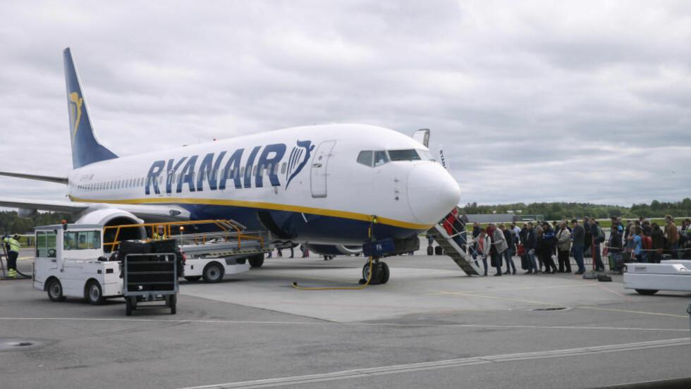 EXIT RYGGE:  Lavprisgiganten Ryanair opprettholder at de legger ned hele virksomheten på Rygge, som dermed må legge ned. Men allerede fra 1. september er Ryanair klare med fire ukentlige ruter til og fra Gardermoen - for første gang. Foto: Vidar Ruud, NTB Scanpix.