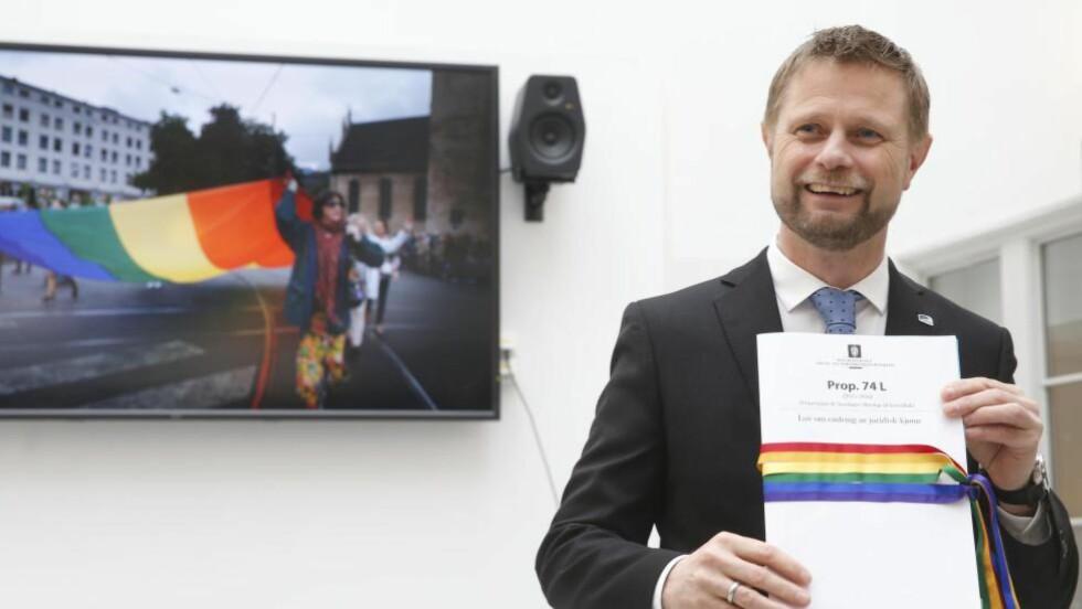 NY LOV: Helseminister Bent Høie (H) foreslår en ny lov som gjør det mulig å skifte kjønn i folkeregisteret uten å ha en bestemt diagnose og uten medisinsk behandling. Foto: Vidar Ruud / NTB Scanpix