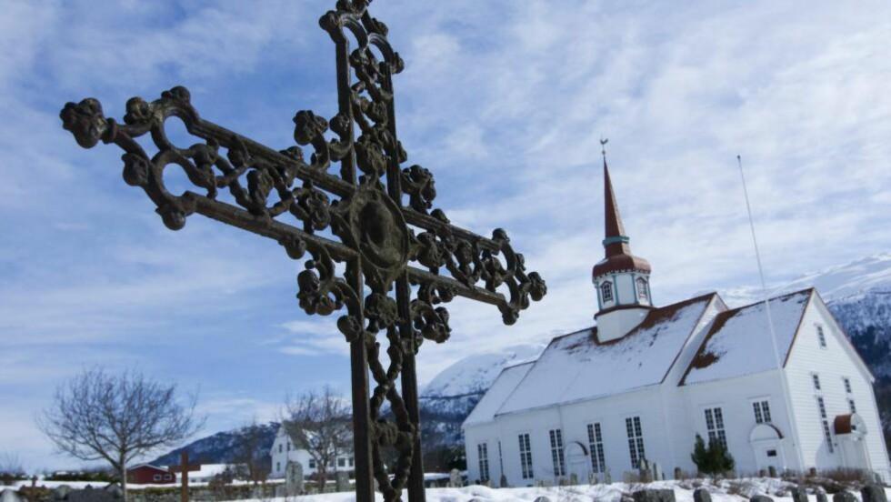 TRO: Må man egentlig tro for å føle seg hjemme i kirkerommet?