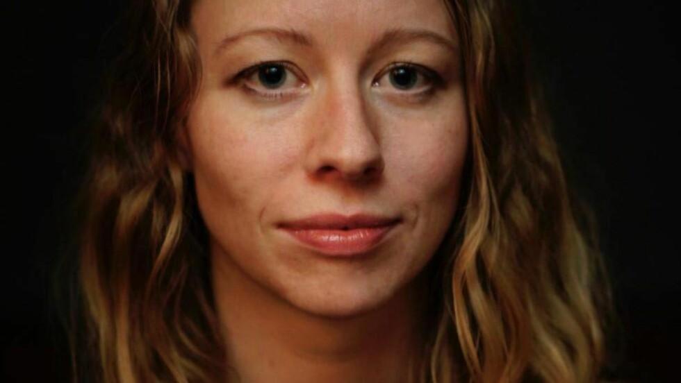 STATSVITER:  Ingeborg Kjos har forsket på ekstremisme - og har fått brev fra terroristen Anders Behring Breivik. Foto: Privat