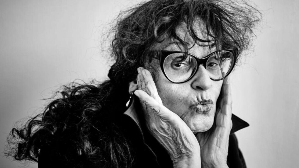 STORSLAGENT: Judith Bernstein (74) sine bileter som for tida vert vist på Kunsthall Stavanger er kunstverdas rock´n roll. Foto: David Needleman