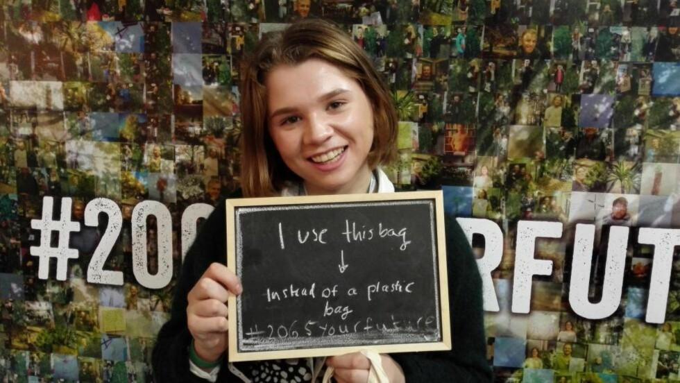 I PARIS: Karoline (16) fra Drøbak var utsendt til klimatoppmøtet i Paris av Plans ungdomsorganisasjon, URO.