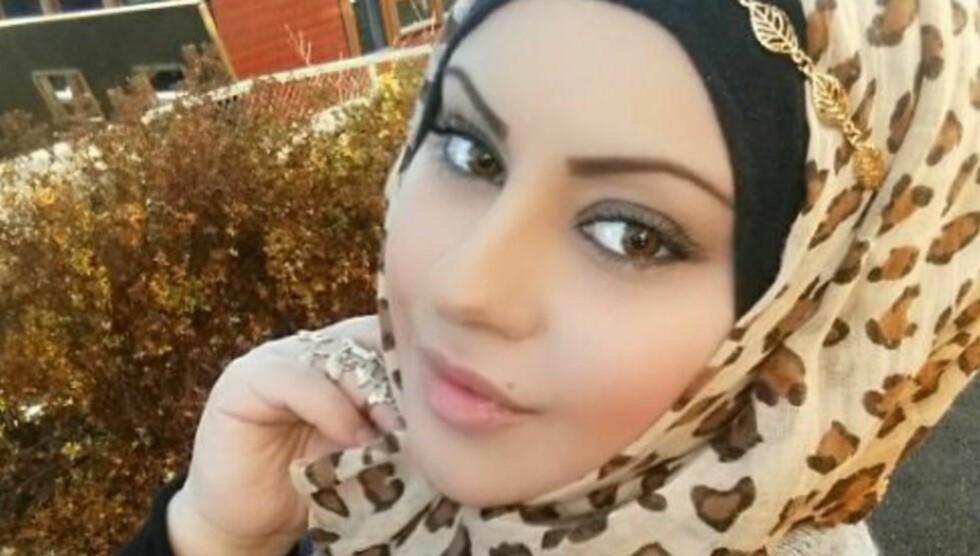 SENDER DATTEREN I KIRKEN:  Datteren Janet (6) var i kirken i dag. Det gjorde meg ikke mindre muslim å gå i kirke og synagoge mens jeg gikk på skolen, skriver Laial Janet Ayoub. Innlegget ble først publisert på Ayoubs Facebook-vegg. Foto: Privat