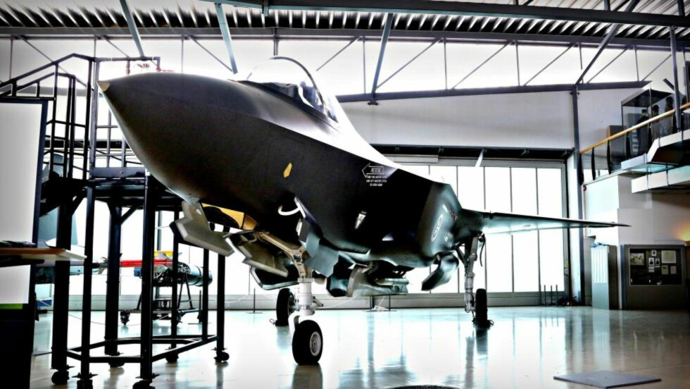 FARETRUENDE: Innkjøet av F-35-jagerfly kommer til å bli Norgeshistoriens største investeringsskandale dersom utviklingen fortsetter, skriver innleggsforfatter. Foto: Jacques Hvistendahl/Dagbladet