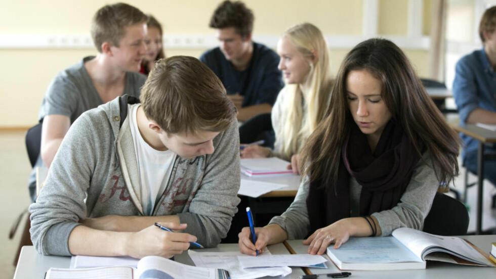 BEST I TEST? Høyres blåøyde tro på at en kan måle skolebarns kunnskaper eksakt ved en enkelt, standardisert test er en forenkling av skolen, skriver innleggsforfatter. Foto: Berit Roald / NTB scanpix