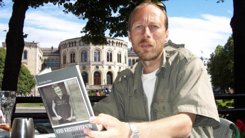 UTRETTELIG: Svein Inge Olsen har loset Protestfestivalen gjennom mange skjær i sjøen gjennom de siste 15 åra. Til tross for både interne og eksterne stridigheter har han gjort festivalen til en respektert institusjon. Underveis har han blant annet fått Kris Kristofferson, som han også har skrevet en bok om, til å holde en støttekonsert for festivalen i Kristiansand. Foto: Anders Grønneberg/Dagbladet