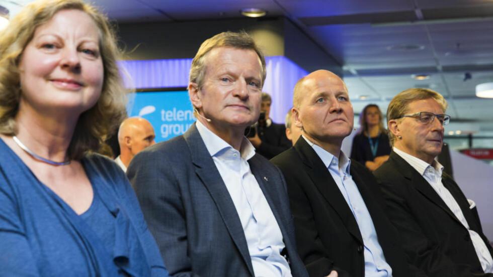 DET ER HAN:  Styreleder Svein Aaser, Sigve Brekke, Jon Fredrik Baksaas og Berit Svendsen under presentasjonen av Sigve Brekke som ny konsersjef i Telenor. Foto: Berit Roald / NTB scanpix