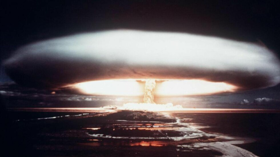 TEST: En fransk atomtest ved Mururoa-atollen.i 1971. Frankrike var et av landene Norge forsynte med tungtvann til atomforskning. Foto: AFP