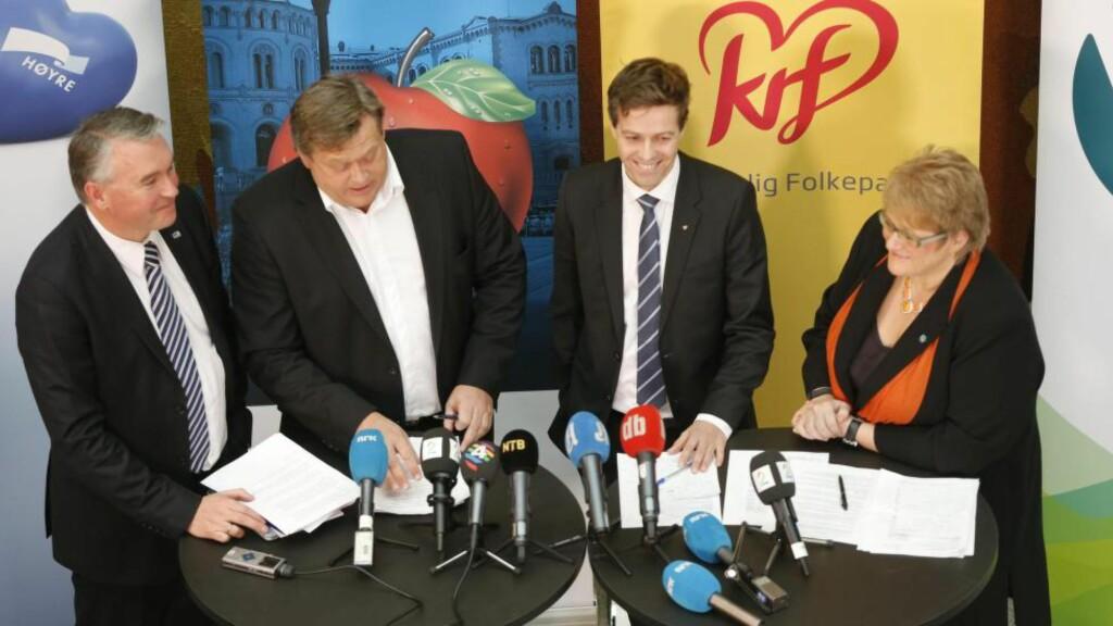 DEN STØRSTE VINNEREN  i budsjettavtalen mellom Høyre, FrP, KrF og Venstre var kommunene, skriver Jan Tore Sanner. På bildet ser du Trond Helleland (H), Harald T. Nesvik (FrP), Knut Arild Hareide (KrF) og Trine Skei Grande (V) etter å ha kommet til enighet om statsbudsjettet.
