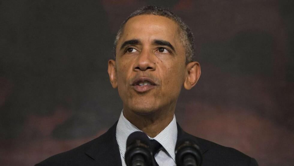 SELVMOTSIGENDE: Nå hevder Obama at kampen mot sunni-ISIS går for sakte fordi Assad, - ISIS? fiende, ikke er bekjempet. Dette gir nye forvirrede signaler som varsler om ytterligere destabilisering i den allerede flerdimensjonal regionskrigen, mener artikkelforfatteren.