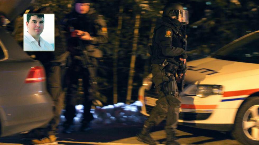 BEVÆPNING: Politimester Arne Hammersmark i Gudbrandsdalen politidistrikt uttalte seg etter at en politibetjent ble skutt på Vinstra natt til fredag. Han får i dag svar fra Jan Erik Bresil, politimann i Oslo (innfelt). Foto: Audun Braastad / NTB scanpix