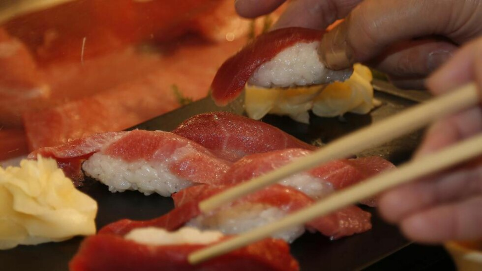 RÅ: Jan Egil Gjerde vil tilbake til å spise varmebehandlet fisk. Og biff. Foto: Shizuo Kambayashi / AP Photo