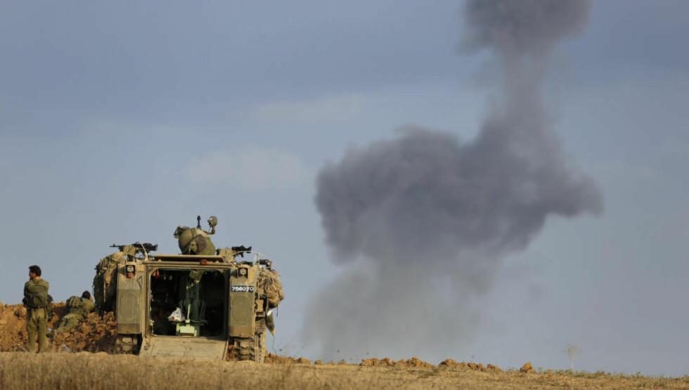 OKKUPASJONER:  Både Israel og ISIL kriger i religionenes navn. I begge konfliktene gjelder det å få kontroll over andre land, skriver Håland. Bildet viser israelske soldater etter de har sprengt en tunnel i Gaza. Foto: Amir Cohen / Reuters / NTB Scanpix