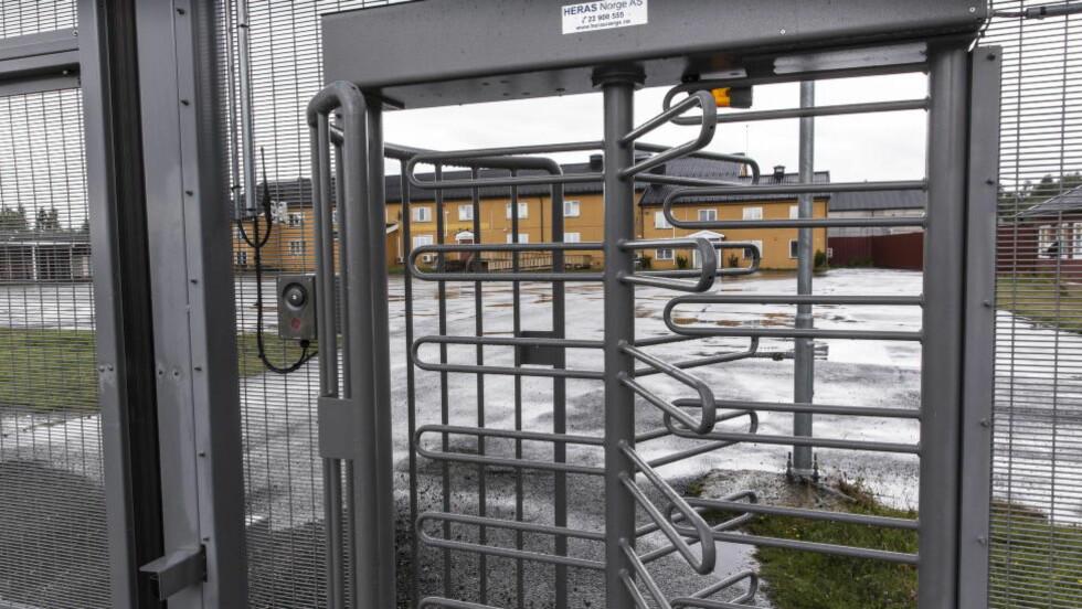SISTE STOPP: Politiets utlendingsinternat på Trandum leir er Norges eneste lukkede forvaringssenter for utlendinger. Dette er siste stopp for mange asylsøkere som sendes ut av landet.   Foto: Lars Eivind Bones / Dagbladet