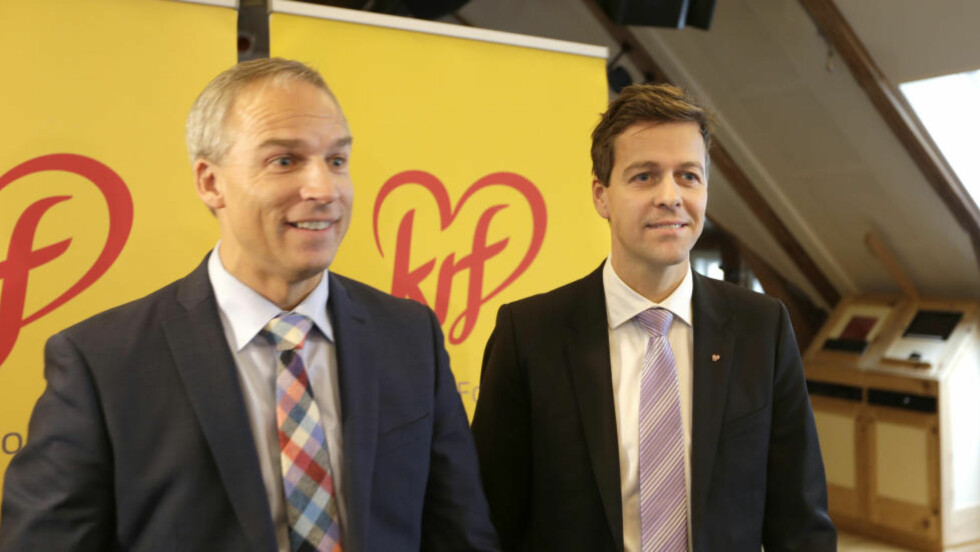HØYT SPILL: Stortingsrepresentant Hans Olav Syversen og KrF-leder Knut Arild Hareide la fram sitt alternative statsbudsjett for 2015.Foto: Vidar Ruud / NTB scanpix