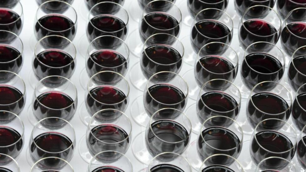 INNHOLD:  Vin kan inneholde 50 ulike tilsetningsstoffer, men er ikke merket med hva de inneholder. Foto: Vidar Ruud / NTB scanpix