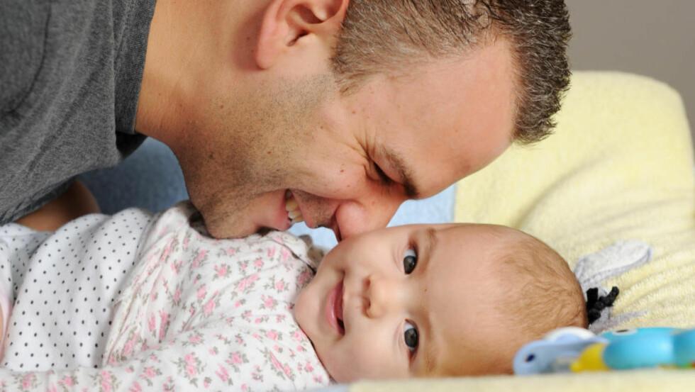 TRUET: Mange fedre vil bli i tvil, skal de ta ut omsorgsperm eller be om unntak. Det vil bli vanskeligere forhandlinger både i arbeidslivet og i familier og samliv, skriver artikkelforfatteren. Foto: Frank May / NTB scanpix NB! MODELLKLARERT