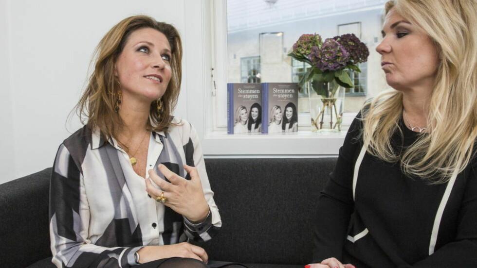 """BOKAKTUELLE: Prinsesse Märtha Louise og Elisabeth Nordeng presenterte sin nye bok """"Stemmen og Støyen"""" i går. Foto: Lars Eivind Bones / Dagbladet"""