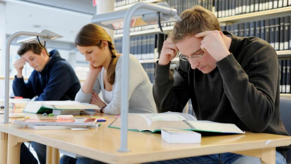 KREVENDE:  Hver femte student sier de har alvorlige psykiske plager. Illustrasjonsfoto: Frank May / NTB Scanpix
