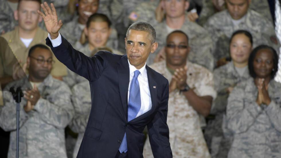 BLANT SINE EGNE: President Barack Obama i Tampa, Florida, denne uka. Obama bygger nå opp en koalisjon for krig. (AP Photo/Phelan M. Ebenhack) Scanpix
