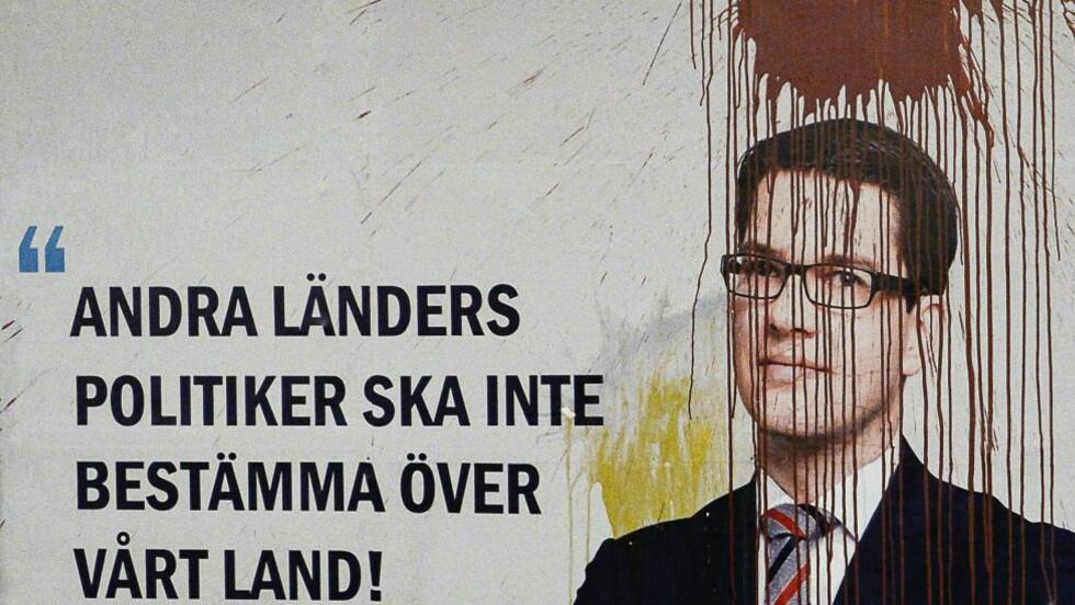 MØTER MOTSTAND: Sverigedemokraterna har møtt sterke demonstrasjoner, men er nå likevel Sveriges tredje største parti.