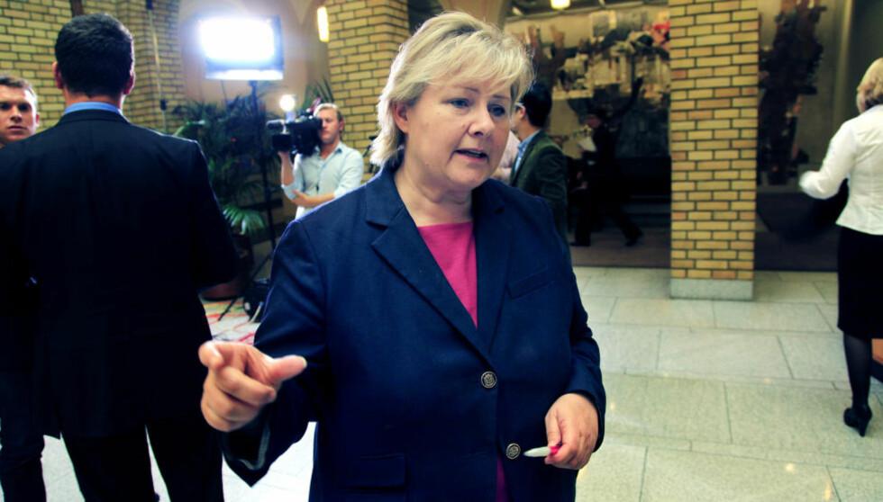 TI FORSLAG: Erna Solberg foreslår i dag ti tiltak mot hat og ekstremisme. Foto: Jacques Hvistendahl