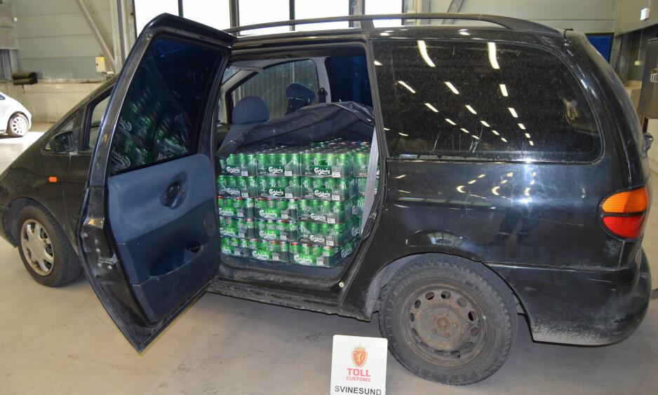 815 LITER ØL: I tillegg fant tollerne 60 liter vin og 59 liter sprit. Sjåføren hadde 1,1 i promille. Foto: Tollvesenet