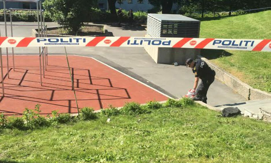 ANHOLDT: En person er skadd og to personer er tatt av politiet etter slagsmålet. Foto: Steinar Solås Suvatne