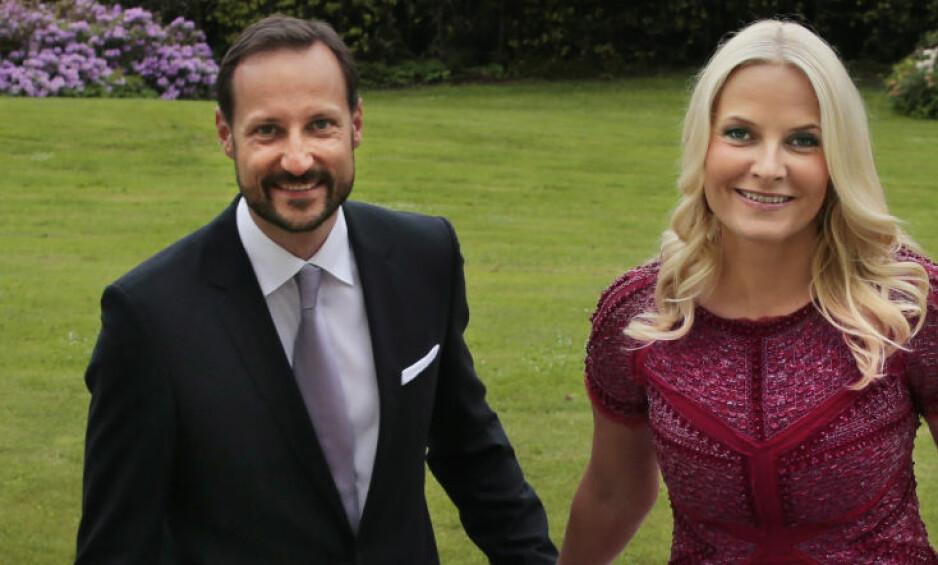 HYTTENE STÅR PÅ HOFFET: Kronprins Haakon og kronprinsesse Mette-Marit overlot til hoffet sitt å eie de private hyttene sine. Dagbladet gjortde Slottet oppmerksomme på eierkonstruksjonen 18. februar i rå. Slottet lovet å rydde opp, men det har ikke skjedd. Foto: Lise Åserud / NTB scanpix