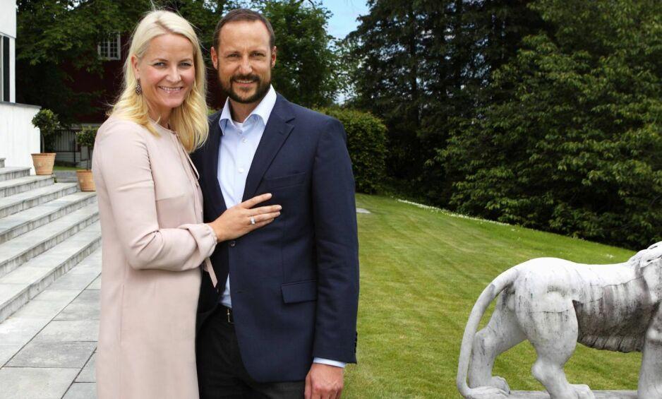 HAAKON LEIER UT - HOFFET VEDLIKEHOLDER: Kronprins Haakon leier ut hus og hybler på Skaugum og en øy med hytte utenfor Risør. I fjor ga det 1,4 millioner kroner i inntekter. Kronprinsen får inntektene, hoffet tar kostnader med vedlikehold. Foto: Lise Åserud / NTB scanpix.