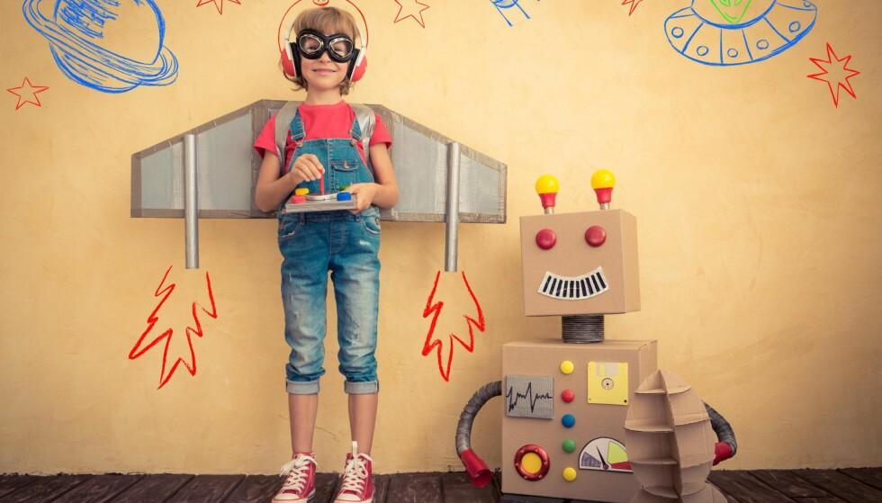 KREATIVITET: Bare kreative barn kan konkurrere med roboter. Foto: Sunny studio / Shutterstock / NTB scanpix