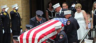 15 år etter 11.september-terroren kunne brannsjef Lawrence Stack endelig gravlegges