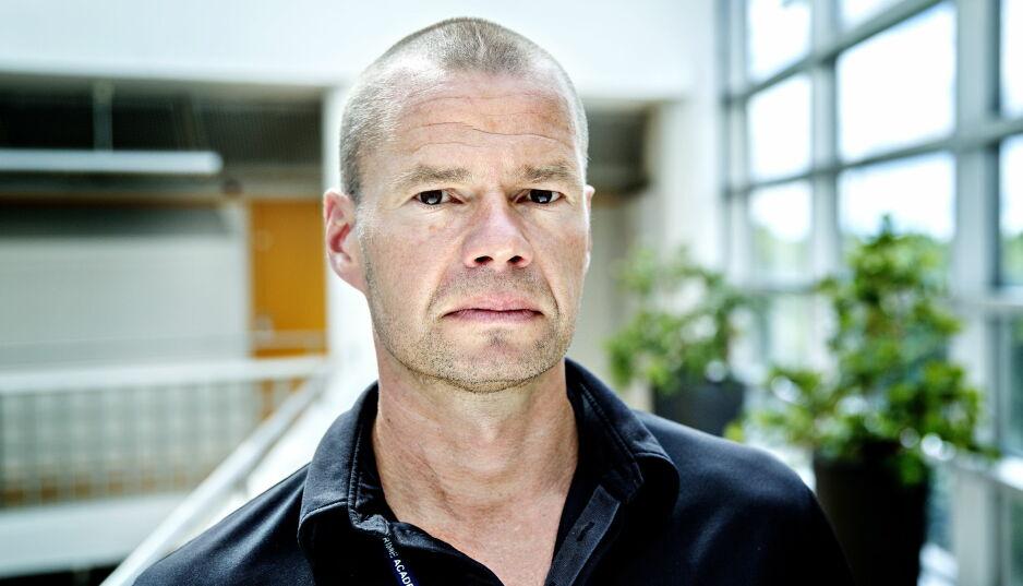 Flere kjøper sex: I julebordsesongen får lystene ofte friere spillerom, sier Thor Martin Elton, leder for Oslo-politiets menneskehandelgruppe. Foto: NTB Scanpix