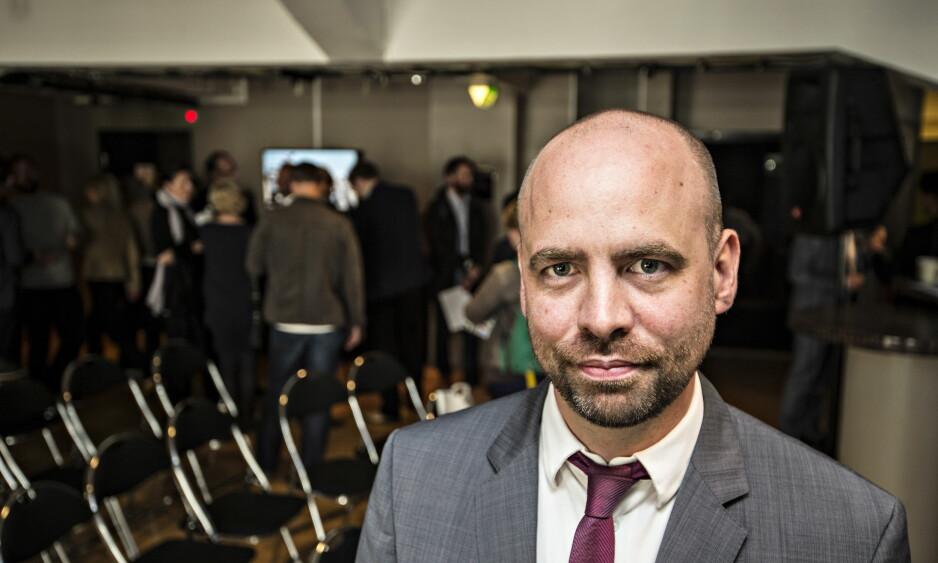 KRITISK: Arild Grande(Ap) mener statsråden somler med å lage en kommersiell kringastingsavtale. Foto Hans Arne Vedlog  / Dagbladet