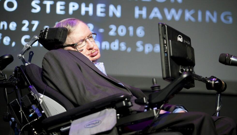 PROFESSOR: Her er Stephen Hawking på Starmus-festivalen i Spania i fjor. Foto: EPA / NTB Scanpix
