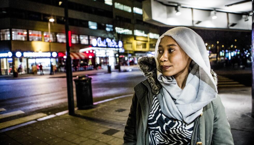 KLARTE SEG: Faiza (22) krysset Sahara til fots og reiste i båt over Middelhavet. Foto: Christian Roth Christensen / Dagbladet