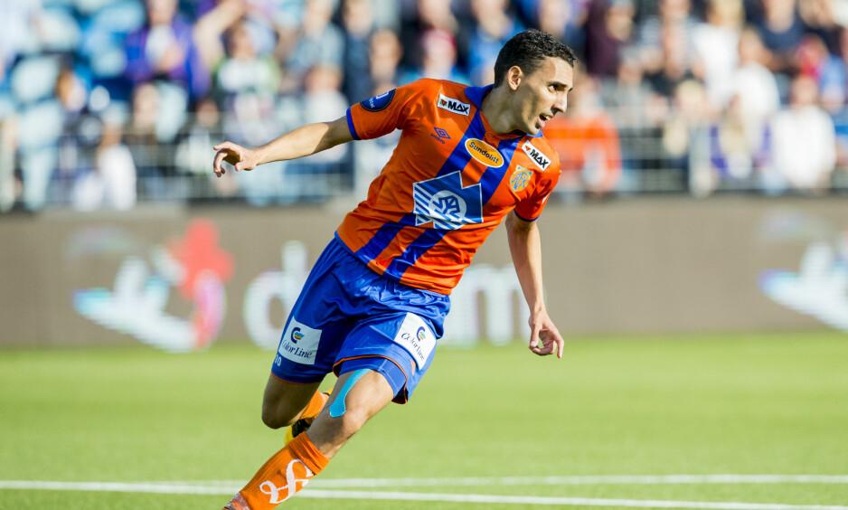 SCORING: Mustafa «Mos» Abdellaoue jubler etter å ha scoret for Aalesund tidligere i år. Nå er han ferdig i klubben. Foto: Vegard Wivestad Grøtt / NTB scanpix