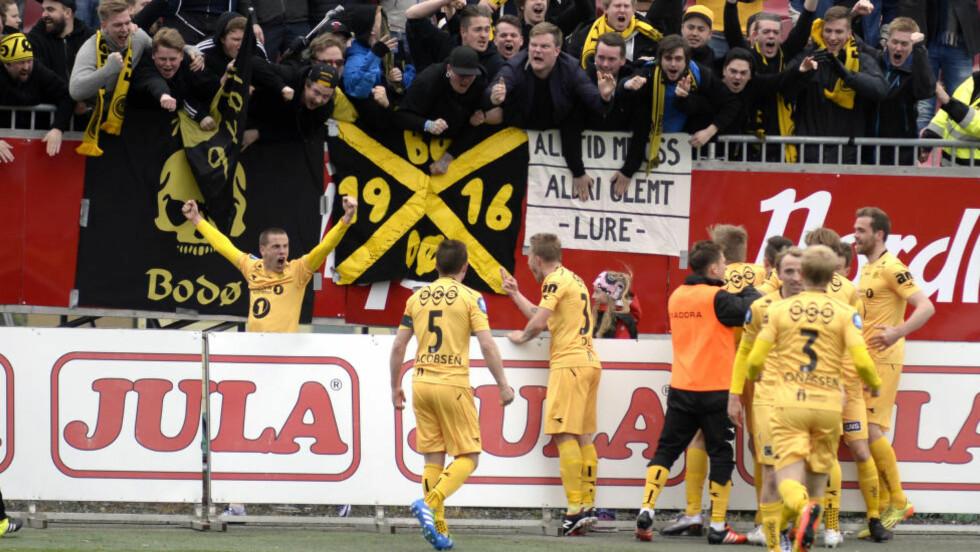 JUBEL Bodø/Glimts Milan Jevtovic(t.v.) scoret to mål  i kampen Tromsø IL-Bodø/Glimt på Alfheim Stadion mandag ettermiddag. Kampen endte 1-2. Foto: Rune Stoltz Bertinussen / NTB scanpix