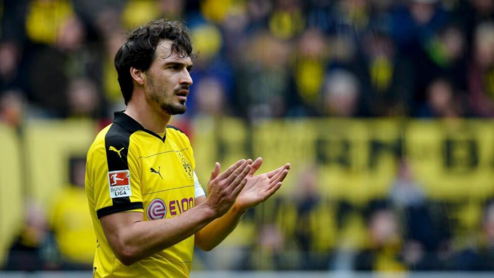 KLAR FOR BAYERN: Mats Hummels forlater Borussia Dortmund etter sesongen. Prisen skal ifølge Bild ligge på rundt 35 millioner Euro. Foto: NTB Scanpix/AFP / Sascha SCHÜRMANN
