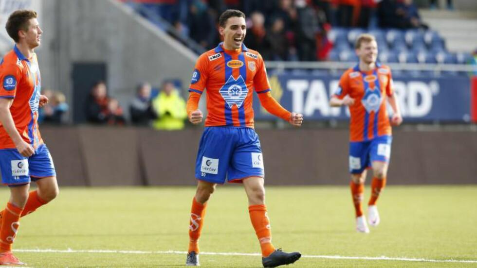 HAT TRICK: Mustafa Abdellaoue scoret hat trick mot gamleklubben Tromsø. Det var 27-åringens tre første scoringer denne sesongen. Foto: Svein Ove Ekornesvåg / NTB scanpix