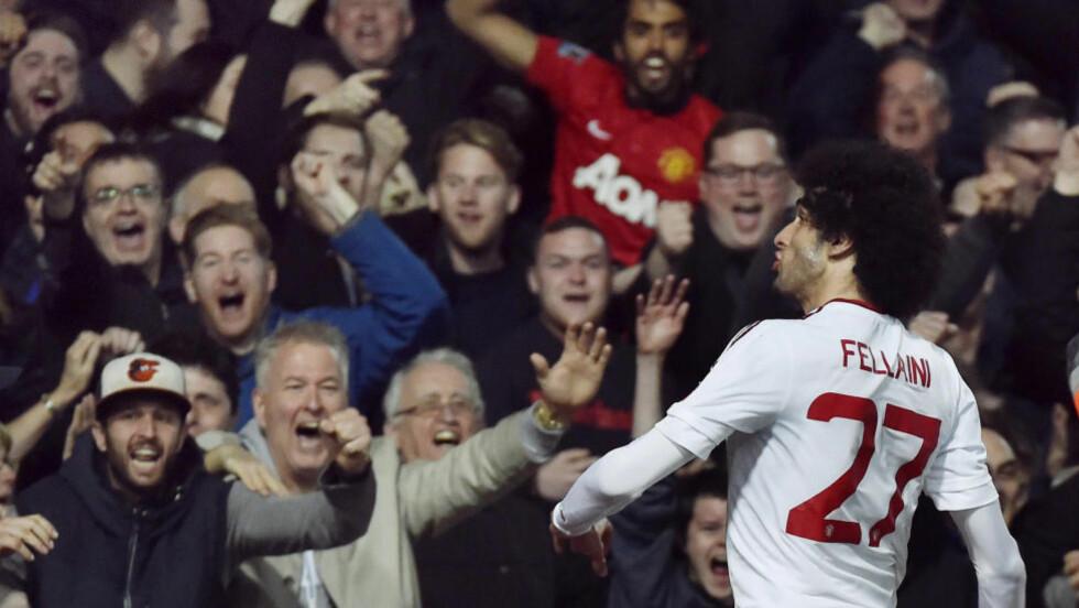 TIL SEMIFINALE: Fellaini sendte Manchester United til semifinale med sin scoring. Foto: Reuters / Toby Melville