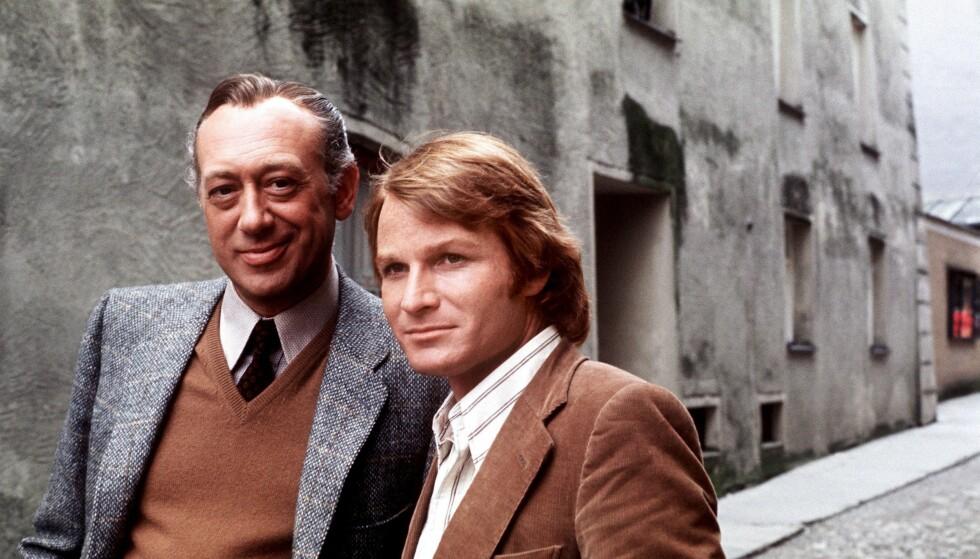 GODE VENNER: I løpet av mange år på skjermen ble Horst Tappert (t.v.) og Fritz Wepper (t.h.) gode venner. Her er de slik vi kjenner dem best, fra «Derrick». Serien sendes fortsatt i reprise på NRK2. Foto: NTB Scanpix