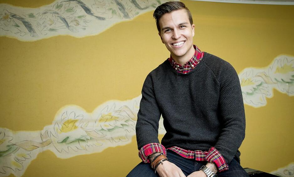 NY SINGEL: Atle Pettersen jobber for tiden med å promotere sin nye singel i England. Her er han avbildet i forbindelse med at han har en av rollene i musikalen «Singin' in the Rain» på Folketeateret. Foto: Bjørn Langsem / Dagbladet