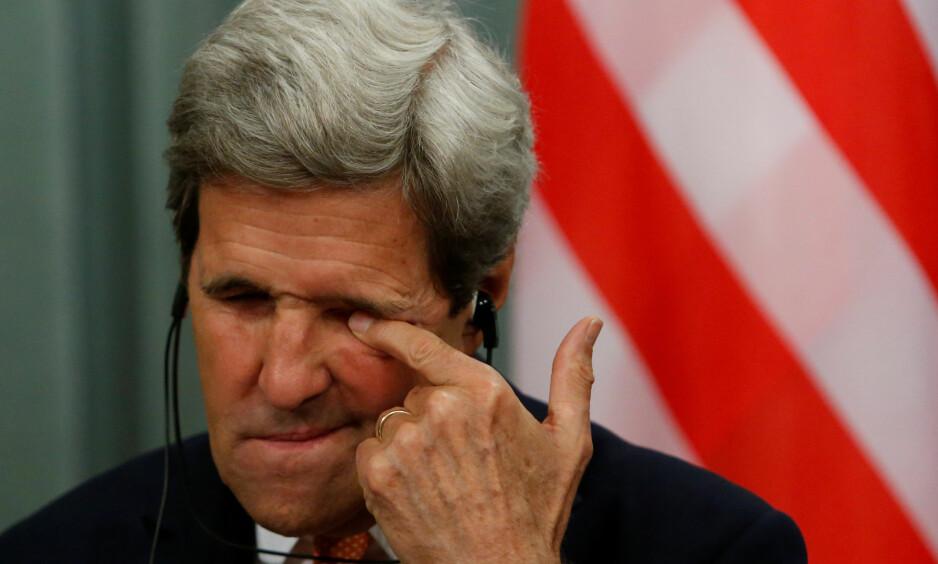 «FALSKE OG SKADELIGE»: Utenriksminister John Kerry er klar i sin tale over at uttalelsene fra Tyrkia ikke vil gå upåaktet hen. I en uttalelse fra USAs utenriksdepartement heter det at slike beskyldninger er falske og skadelige. Foto: Sergei Karpukhin / Reuters / NTB Scanpix