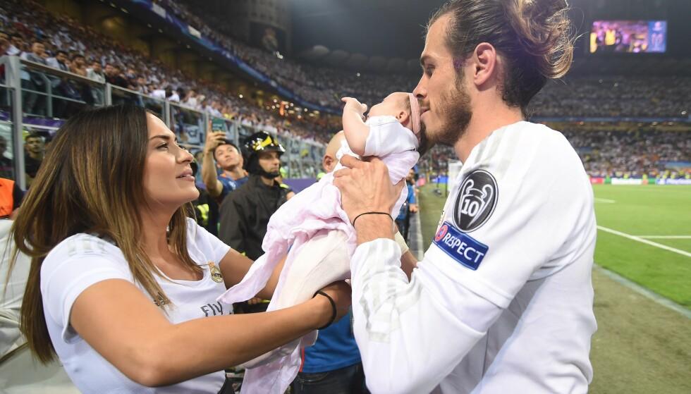 DRAMA: Gareth Bale og forloveden Emma Rhys-Jones har hatt noen turbulente uker. Her er de avbildet i Italia i mai. Foto: Daniele Mascolo / EPA / NTB Scanpix