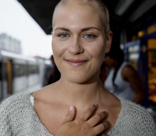 <strong>TRAVEL:</strong> Kristine studerer og har en rekke frivillige verv, noe hun mener kan være årsaken til at hun stresser mye. Foto: Anita Arntzen