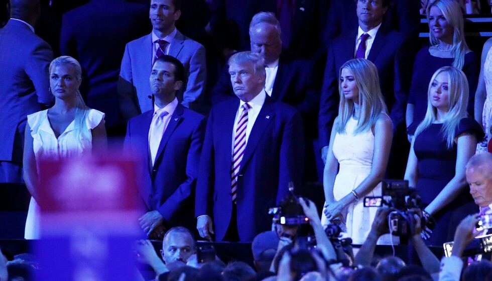 LANDSMØTE: - Ivanka virker som en veldig kompetent profesjonell person. Jeg er sikker på at hun er et viktig bidrag til valgkampen, sier tidligere senator Rick Santorum til Dagbladet. Foto: Win McNamee/Getty Images/AFP/NTB Scanpix