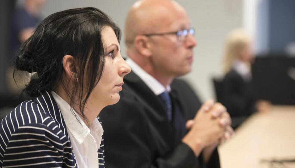 <strong>FORNØYD:</strong> &nbsp;Kristina Sviglinskaja, den drepte Monikas mor og bistandsadvokat Stig Nilsen, er fornøyd med dommen mot Donatas Lukosevicius. Foto: Marit Hommedal / NTB scanpix
